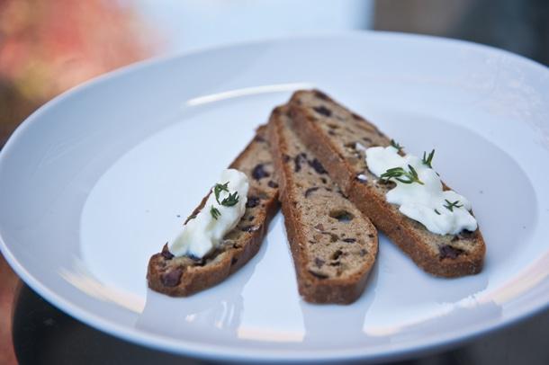 """""""Elana's Gluten Free Olive Rosemary Bread"""""""