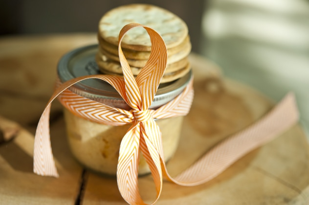 """Homemade Gift Idea: Potted Cheese"""