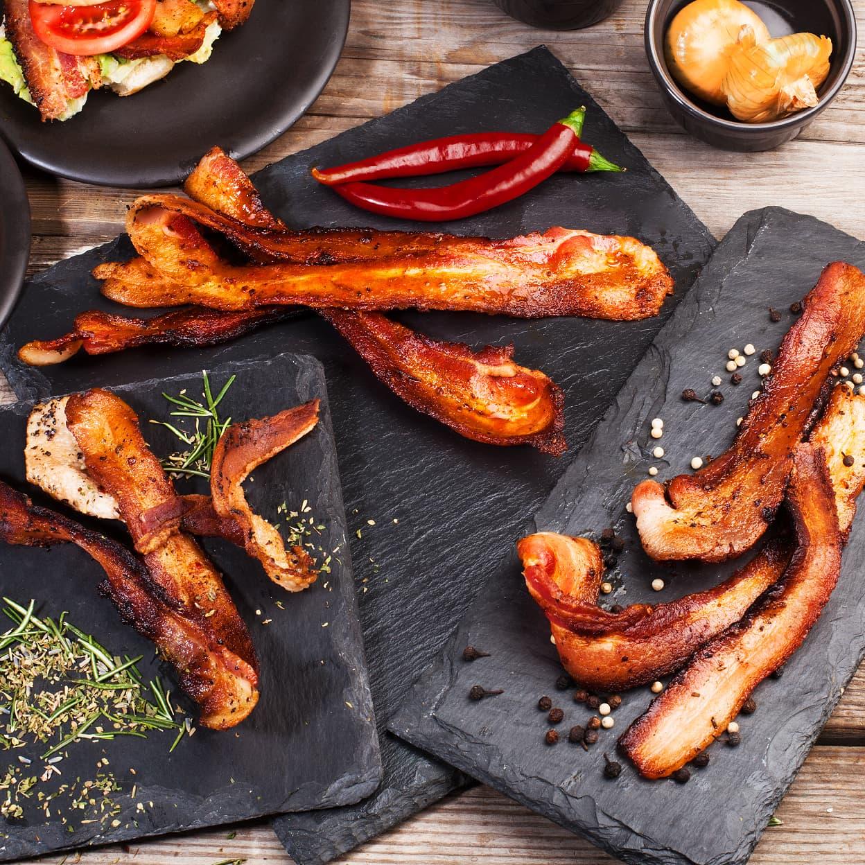 baconclub_editorial_light1_16