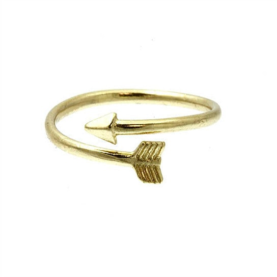 adorn-by-lulu-gold-arrow-ring