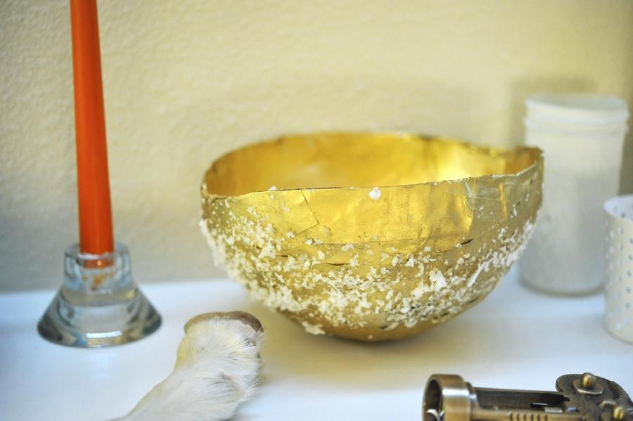 DIY Paper Mâché Gold Bowls
