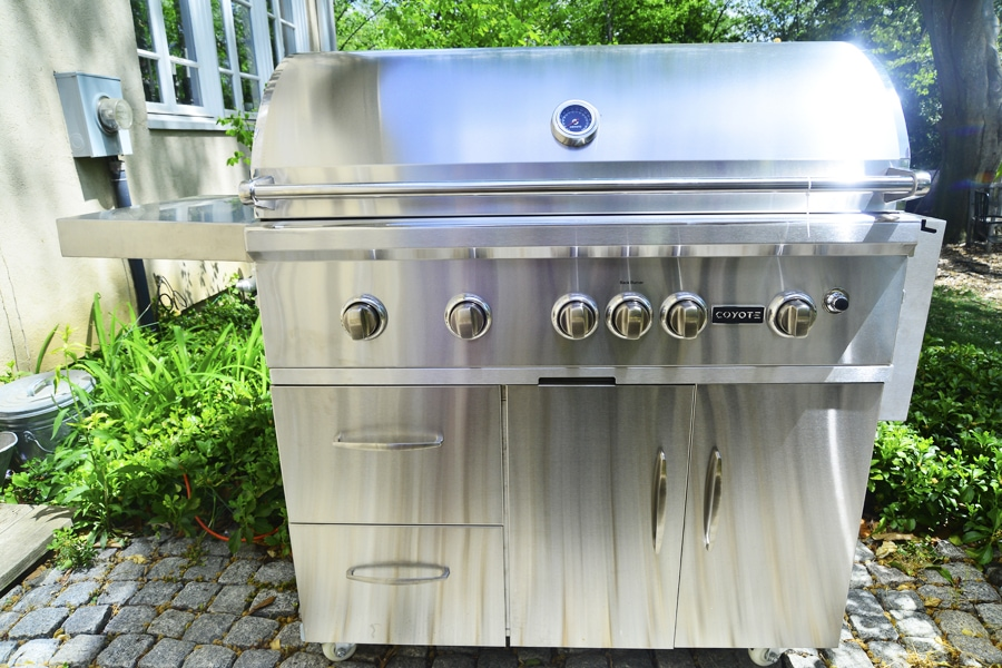CoyoteGrill1