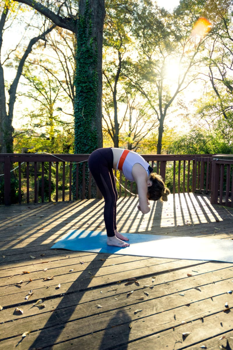5 Yoga Moves You Should Do While Traveling