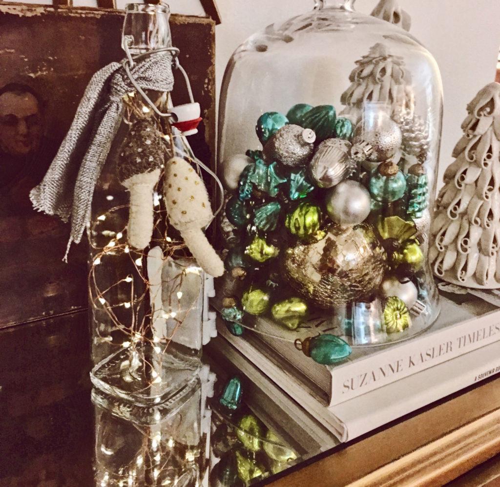 DIY Holiday Wine Light