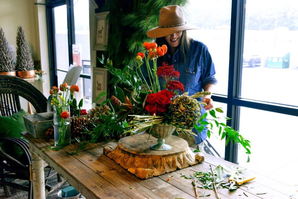 How to Arrange a Thanksgiving Flower Centerpiece with Tanarah Luxe