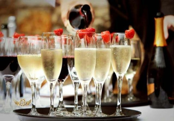 Wine Wednesday: Bubbles Without Bucks