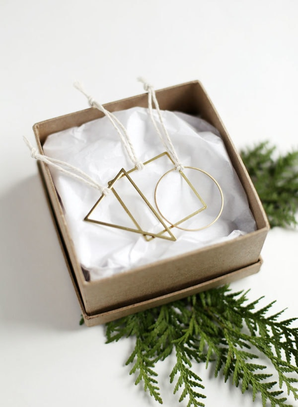 Homemade Gift: DIY Ornaments