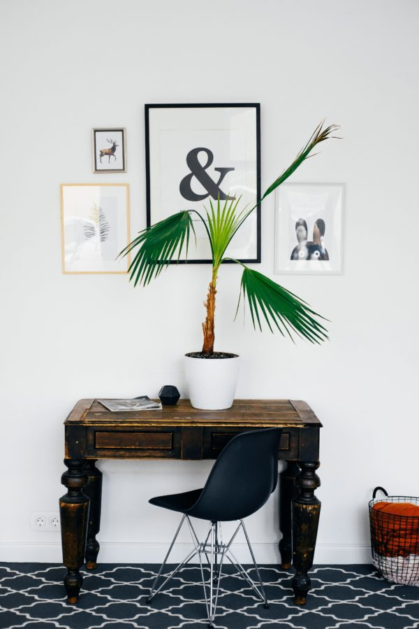 How to Properly Hang A Picture Right Every Time