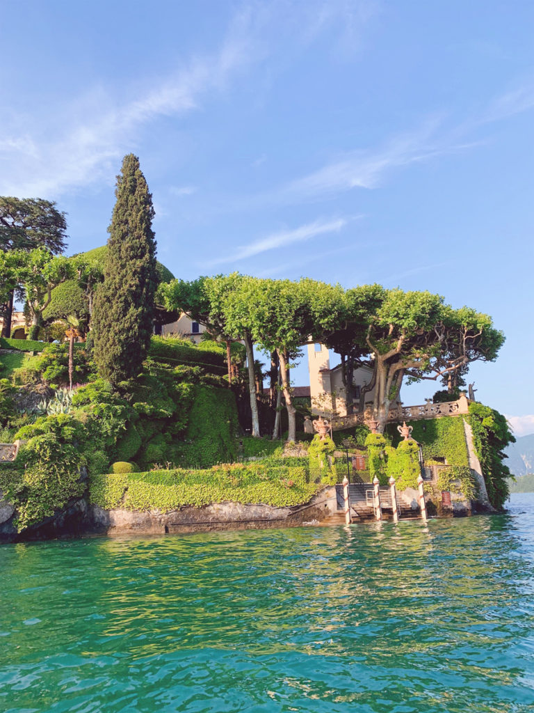 Tour Lake Como by Private Boat